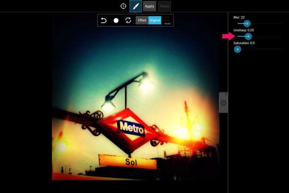 How to Edit Low-Light Photos with PicsArt