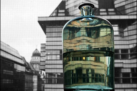 Berlin in a bottle: Mini Gallery by @melonettt