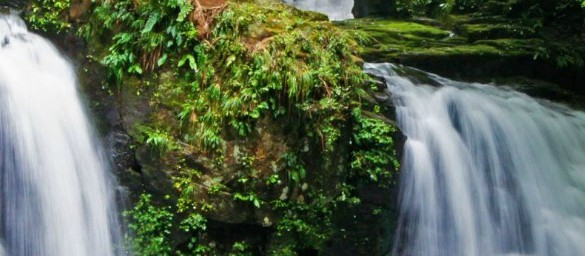 Waterfall Photography Tips: Photographing Waterfalls