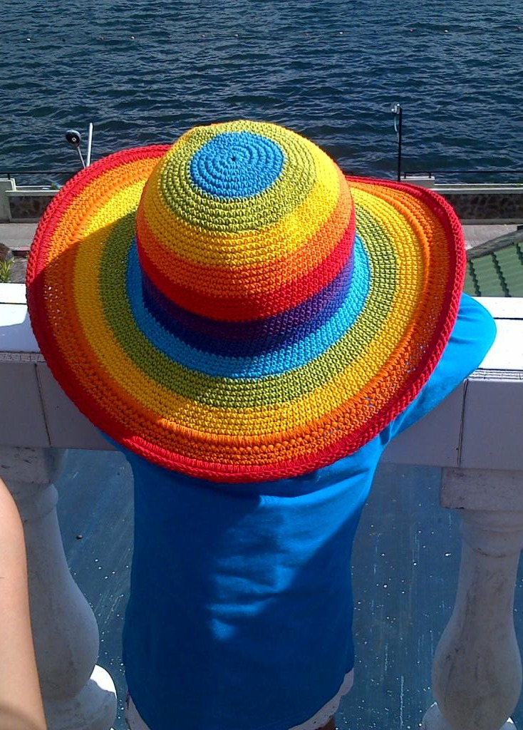 Colorful hat photo for photo color theory