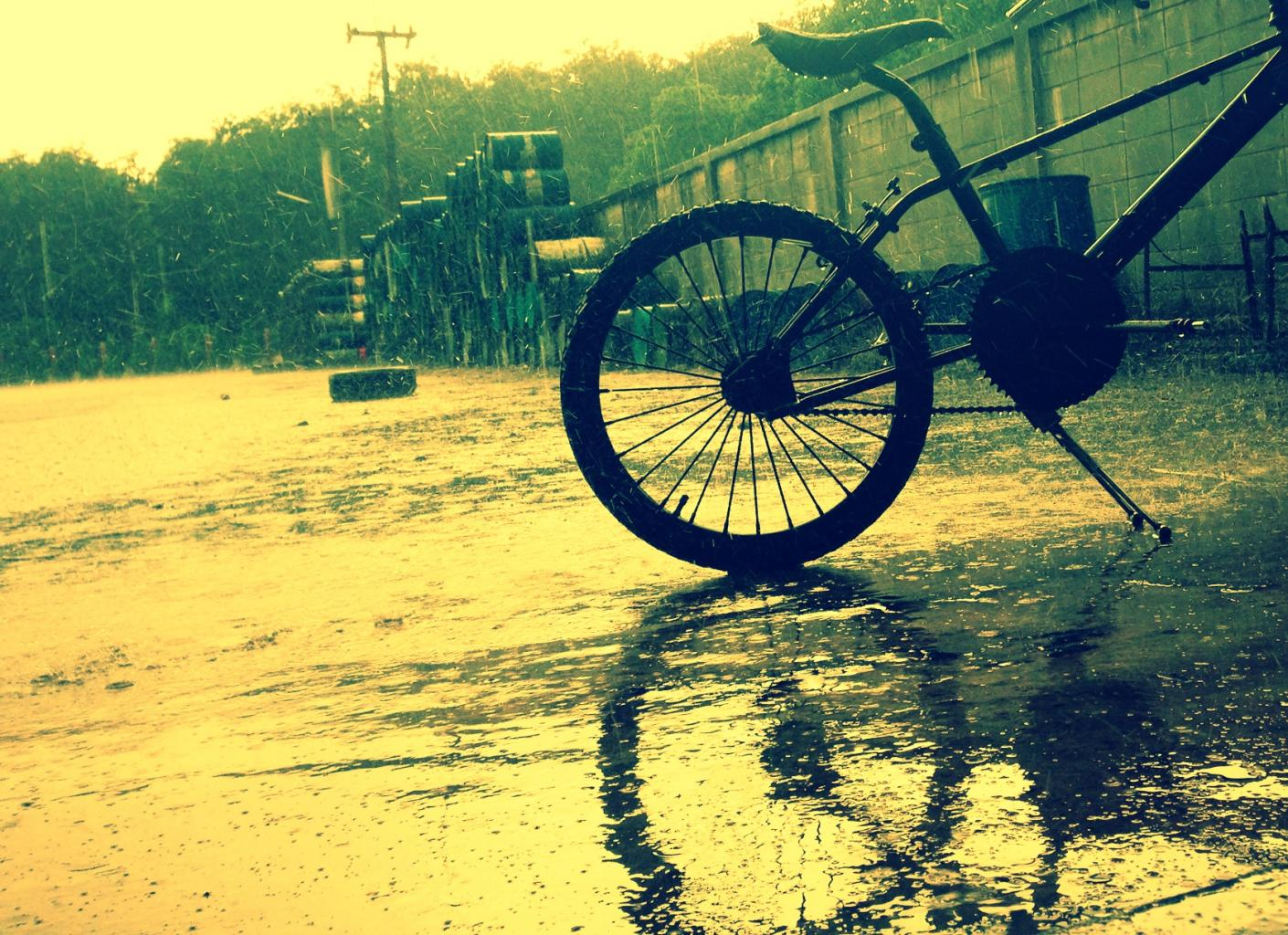 Bicycle under the rain