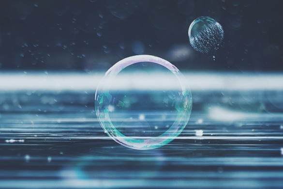Bursting with Color: Photos of Bubbles