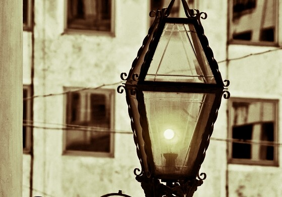 Photo Gallery of Old Fashioned Street Lamps
