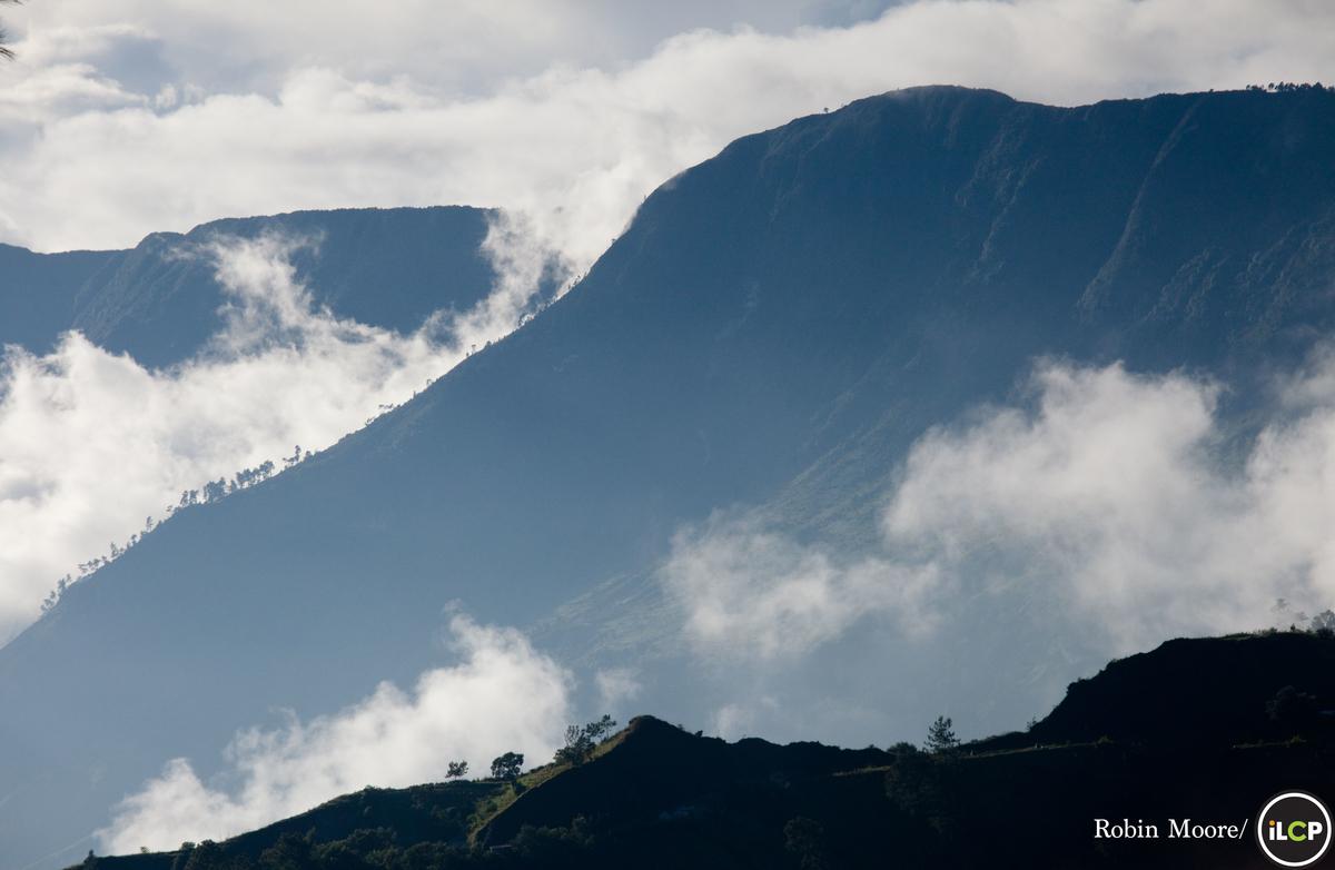 Denuded hills on the Massif de la Selle, Haiti - Conservation Photography - PicsArt Blog