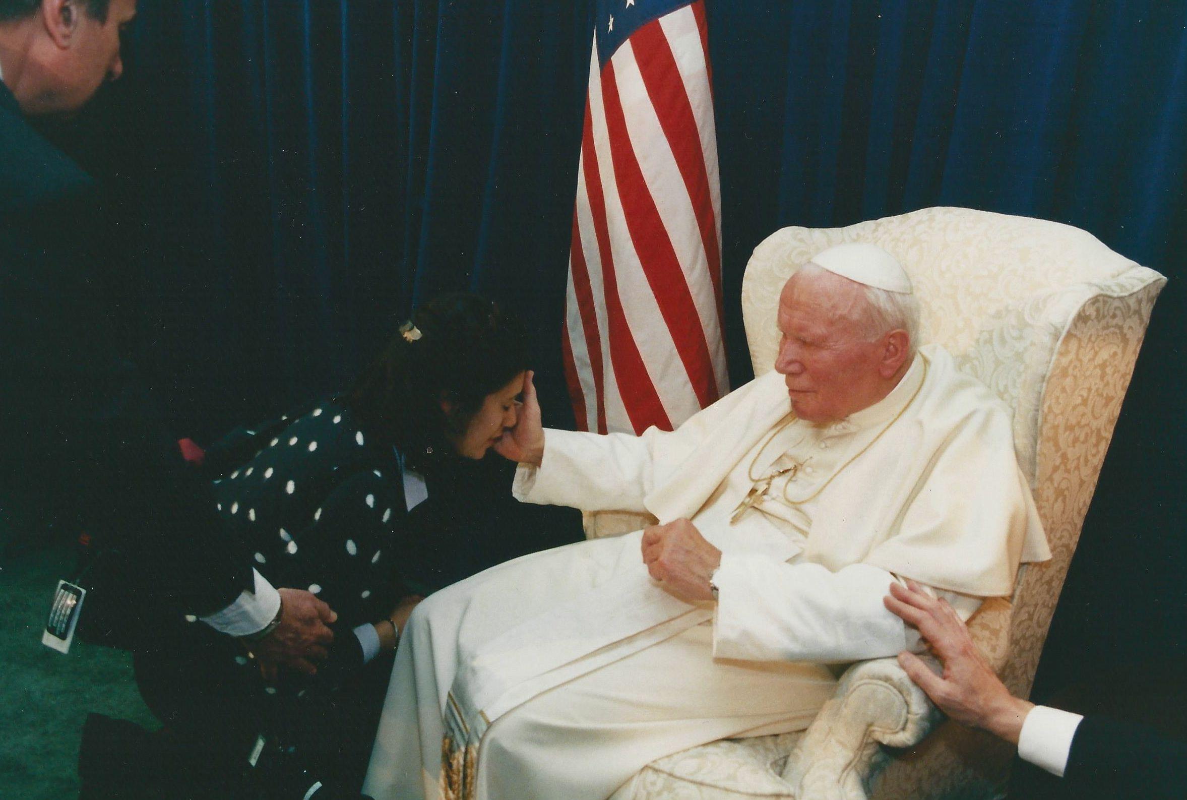 White House Photographer Joyce Naltchayan meets Pope John Paul II