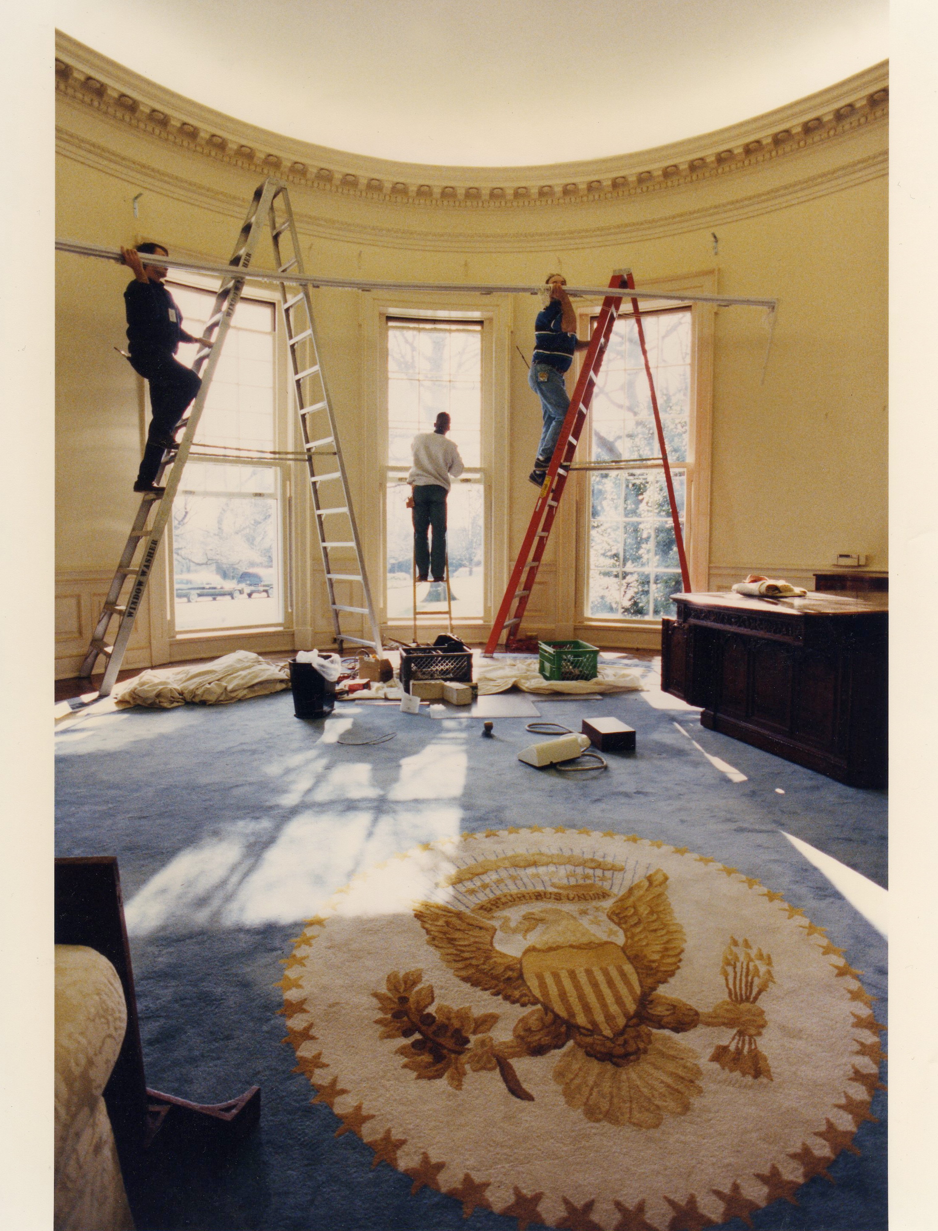 Oval Office President Bill Clinton Inauguration Day Remodeling