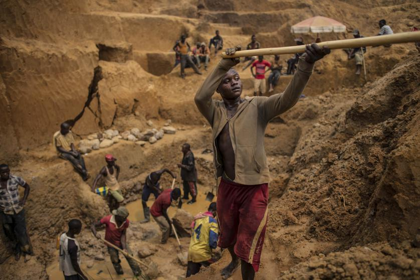Congo Diamond Mining| Photo by Lynsey Addario | Photojournalism Tips