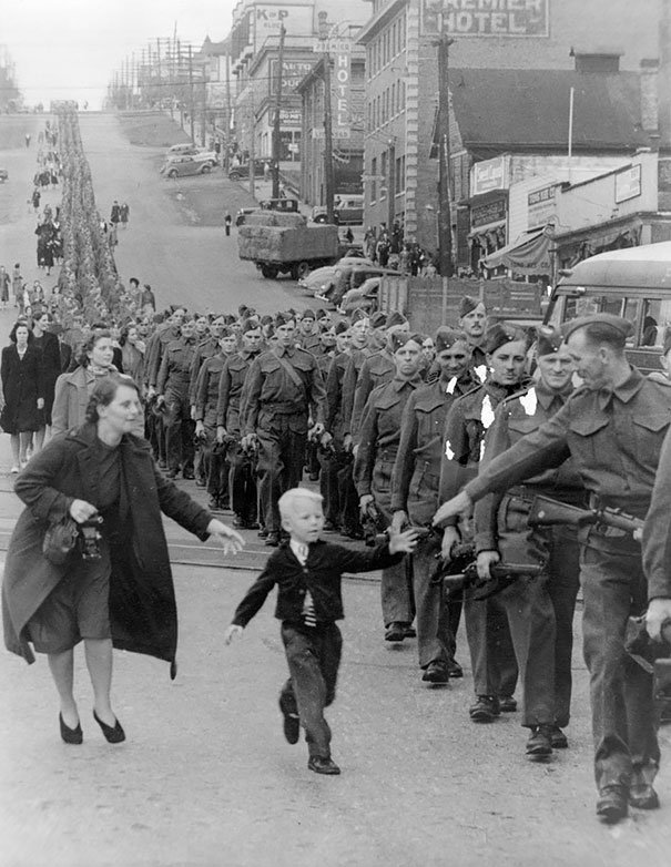 20 Most Inspirational Photos in History