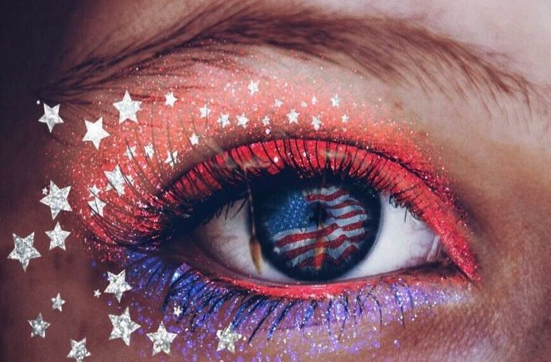 4th of July eye glitter Makeup