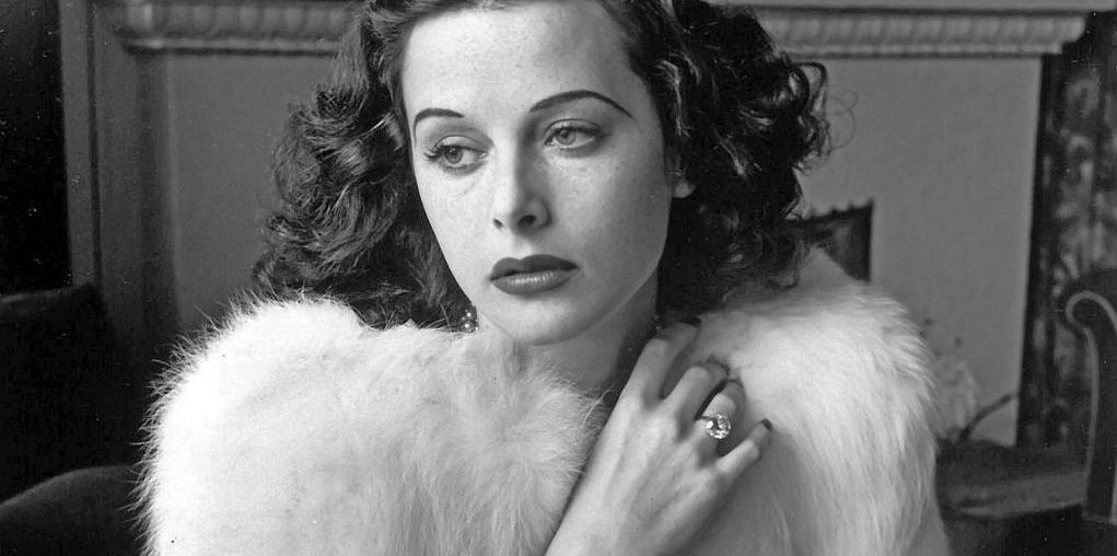 Hedy Lamarr in B&W retro style photo