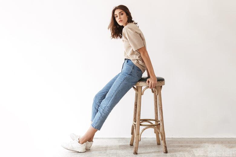 side sit pose